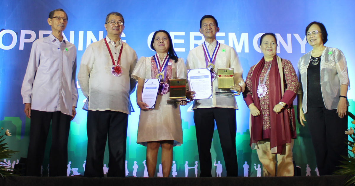 GLOBALLY COMPETITIVE. VSU President receives the prestigious Dioscoro L. Umali Award as Outstanding Research Administrator by the National Academy of Science and Technology. Photo by Aliana Sarmiento / DOST-Caraga.